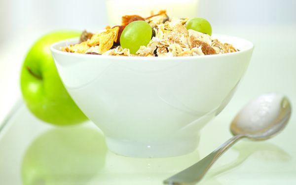 Δίαιτα με μήλο και γιαούρτι: Χάστε 4 κιλά σε 5 ημέρες