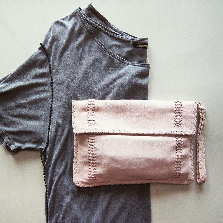 Pair Ipanema Suede clutch in Blush with our styles in charcoal colors... Get it in stores. #umaandleopold #accessories #outfit #ootd #charcoal #grey #pink #clutch #instadaily #fashion #styling #picture #basic #love #brand #bali #store