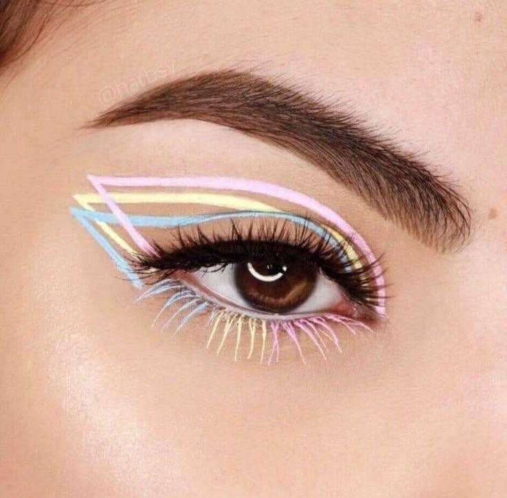15 Ideas de maquillaje para lucir tus ojos con el cubrebocas Creative Eye Makeup, Colorful Eye Makeup, Unique Makeup, Natural Makeup, Natural Blush, Subtle Makeup, Natural Eyeshadow, Dramatic Makeup, Easy Makeup