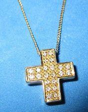 BELLISSIMO d'occasione 18ct Oro Giallo set di diamanti croce pendente sulla catena 46 cm