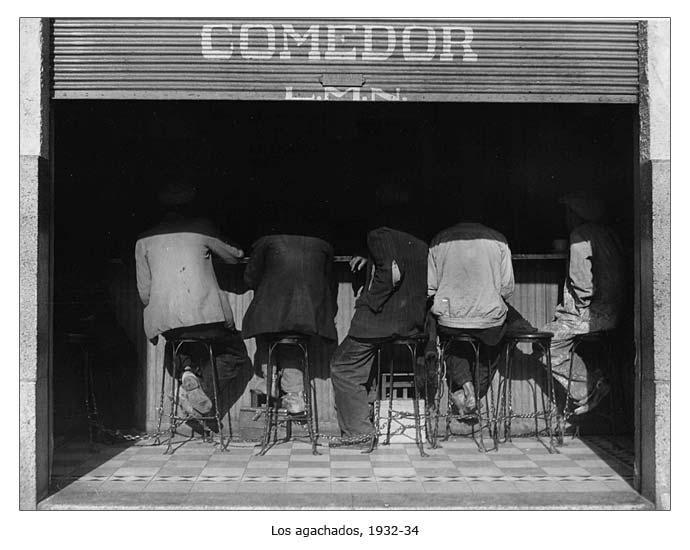Los Agachados - 1930's, by Manuel Álvarez Bravo