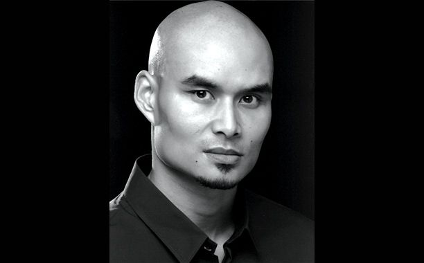 Star Wars and Skyfall actor Khan Bonfils died on Tuesday during a theater rehearsal in London. He was 42.