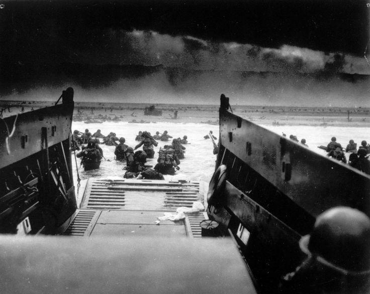 Les soldats américains débarquent en Normandie, le 6 juin 1944. (AFP)