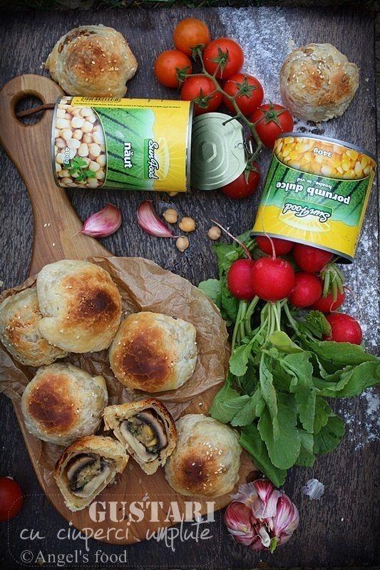 Angel's food: Gustari din ciuperci umplute cu crema usturoiata d...