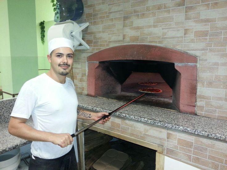 A lot of #pizzas in the ZioCiro #professional #pizzaoven DonGennaro! Thanks to Gaetano and the pizzeria @LaRaganella for these pictures! Tanto spazio e tante #pizze nel #fornoperpizza #professionale #ZioCiro #DonGennaro! Ringraziamo Gaetano e la pizzeria @LaRaganella per queste foto!