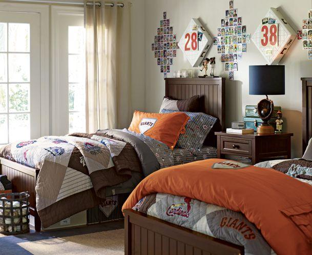Bedroom idea for teen boy. Love the orange & brown!