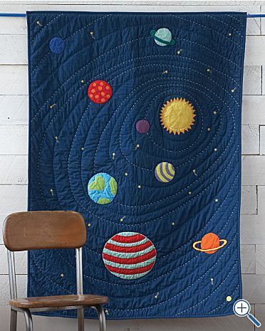 How awesome does this look!!  Solar System Quilt - looks a little tricky but not as time-consuming as hundreds of tiny pieces - sew planets and stars onto the blue base, then quilt in circles/a spiral.    Pinned for Kidfolio, the parenting mobile app that makes sharing a snap.