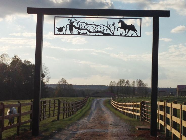 Small Ranch Sign | Gate Entrance | Pinterest | House Names, Names ...