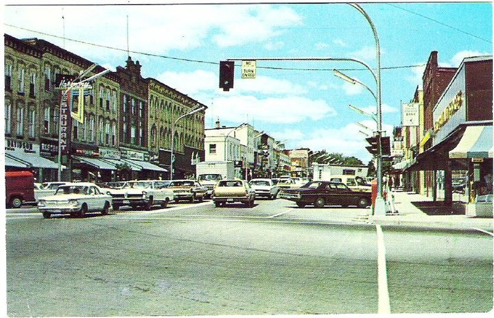 Corner of Oxford and Broadway in the past