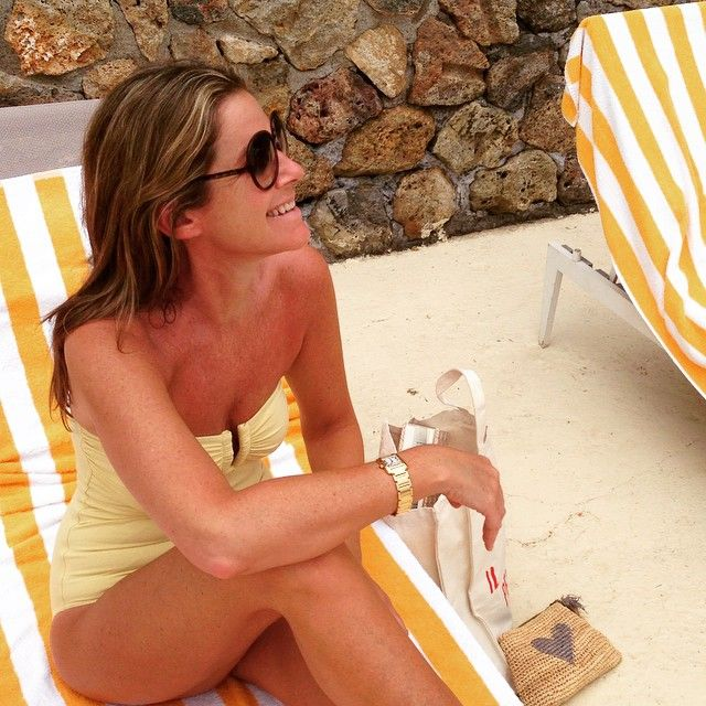 Aerin Lauder The famous yellow and white striped towels. Iconic to Hotel Pellicano  @eresofficial
