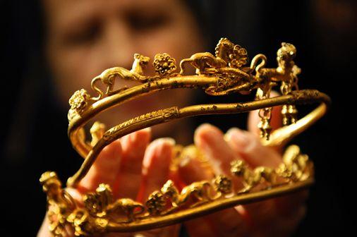 「アレキサンダー大王の家族」の黄金の宝物を発見した