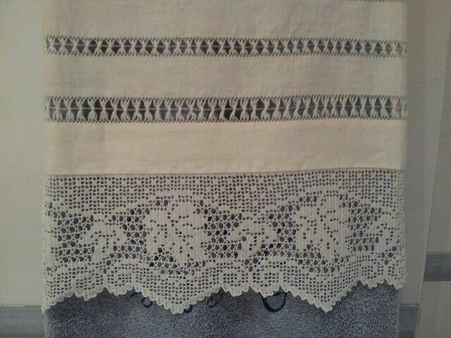 Toalla de lino con puntilla y vainicas mis trabajos - Puntillas para cortinas ...