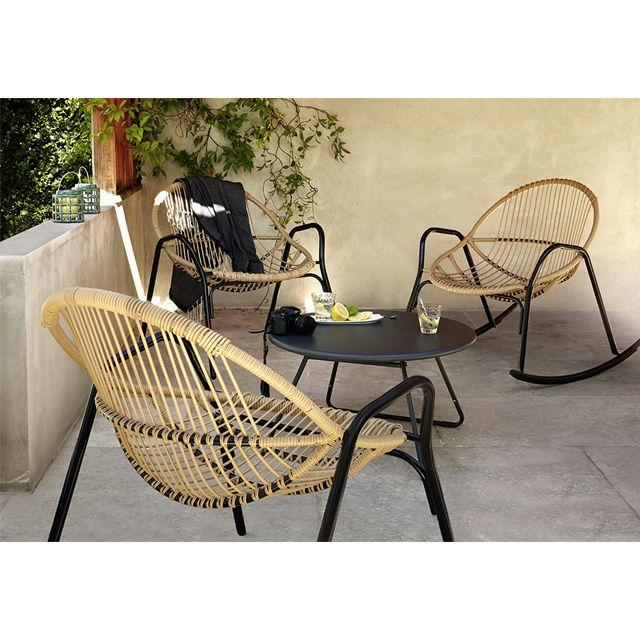 Les 25 meilleures id es de la cat gorie chaise de plage for Salon de jardin metal colore