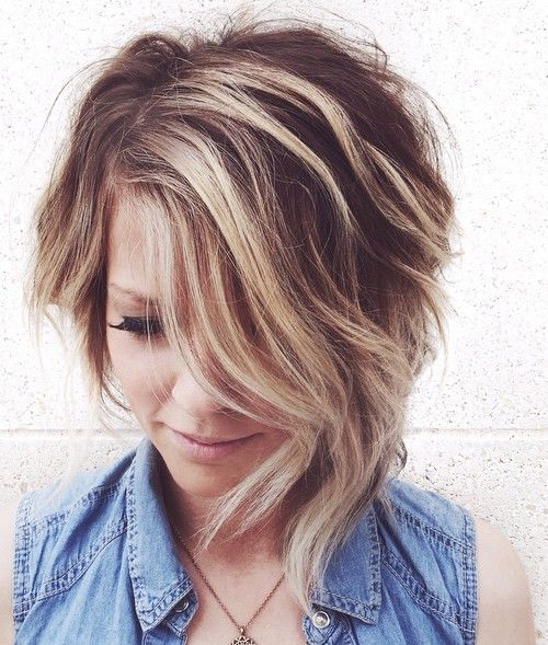 COLOR-Short Side-Parted Asymmetrical Hairstyle