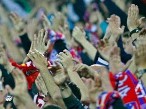 Llega un punto en cada temporada para el Atlético en el que se juega el todo o nada. Queramos o no, en los últimos años (décadas) el equipo rojiblanco ha llegado a la parte de la campaña donde se reparte el arroz siempre con los deberes sin hacer. Análisis de los próximos partidos que tiene que jugar el Atlético de Madrid. http://www.forzaatleti.com/2012/04/la-santa-semana-del-atletico-de-madrid/