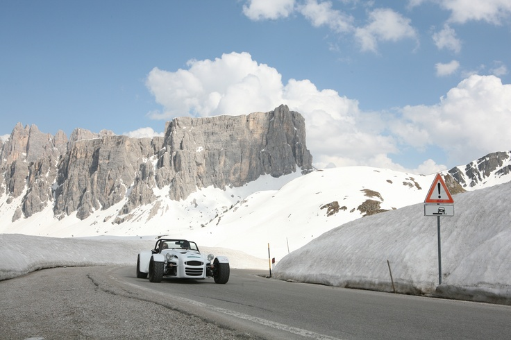 Donkervoort D8 270 in the Swiss Alps