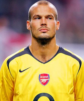 Fredrik Ljungberg: Soccer, if only he was taller and had a little more hair, thatd be great lol