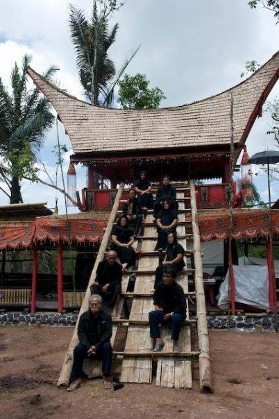 La'kiaan.. tempat menyimpan jenasah untuk sementara, selama prosesi upacara adat Rambu Solo' dilakukan..