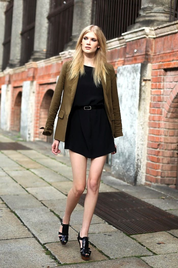 Model-Off-Duty Style: Steal This Sexy yet Polished Date-Night Look via @WhoWhatWearUK