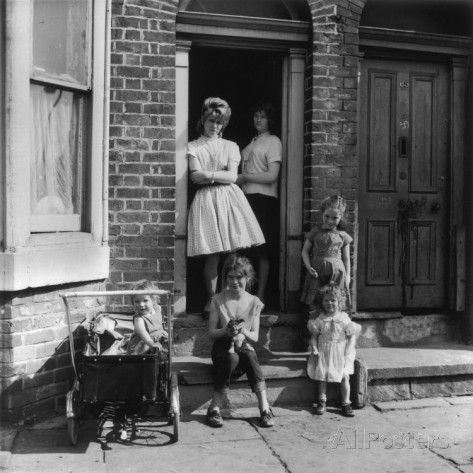 Shirley Baker: Girls and their Mother Outside Manchester Terraced House