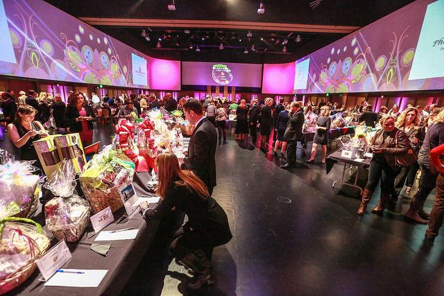 Silent Auctions are popular events, a great way to fundraise for your organization and a terrific option to engage your guests. The Kidney Foundation event held at Infinity Park in March was a huge hit!