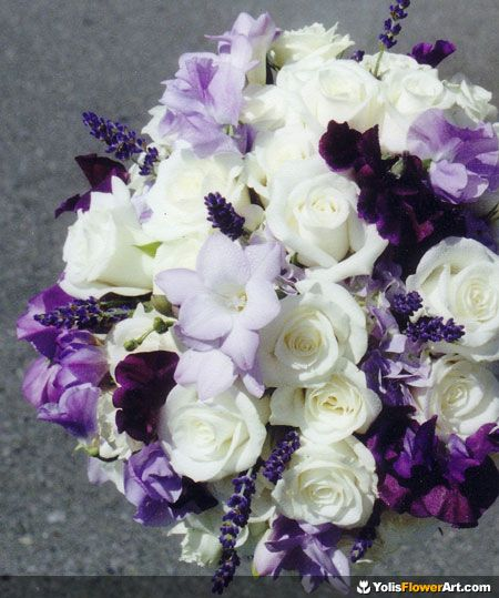 THIS IS IT! The ONE!   Purple Wedding Bouquets | beautiful and elegant purple wedding flowers