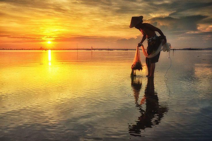 Tuban Fisherman by Hendri Suhandi on 500px