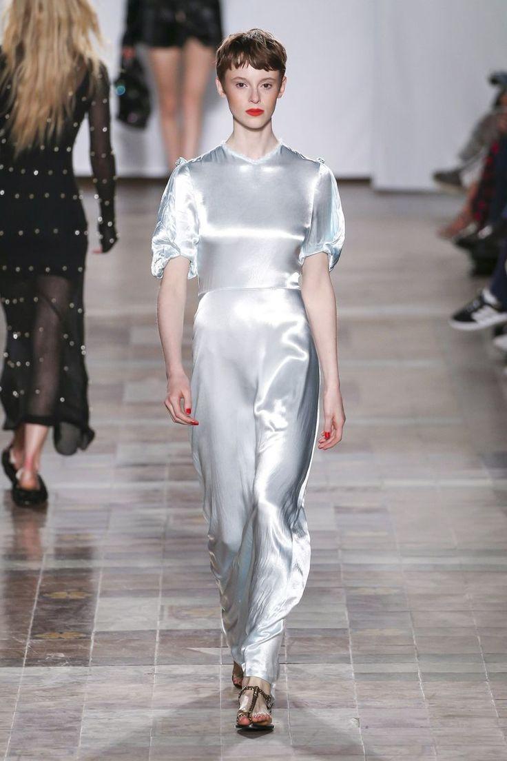 Sonia Rykiel Spring/Summer 2018 Ready To Wear | British Vogue