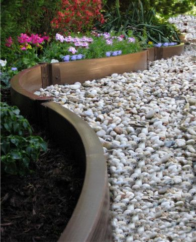 Good Landscape Edging: 10 Easy Ways To Set Your Garden Beds Apart