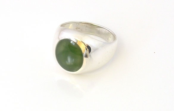 Paua World - New Zealand Greenstone and Silver ring, $176.00 (http://www.pauaworld.com/new-zealand-greenstone-and-silver-ring/)