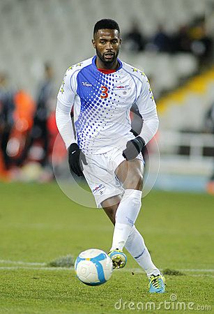 cape-verdean-player-fernando-varela-action-friendly-match-catalonia-verde-olympic-stadium-36396209.jpg (307×450)