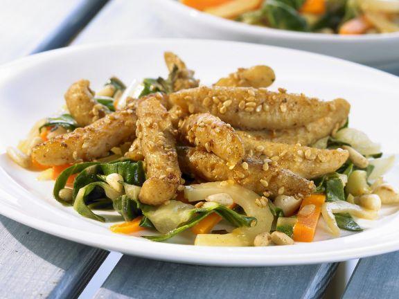 Soja-Geschnetzeltes mit scharfer Soße ist ein Rezept mit frischen Zutaten aus der Kategorie Soja. Probieren Sie dieses und weitere Rezepte von EAT SMARTER!