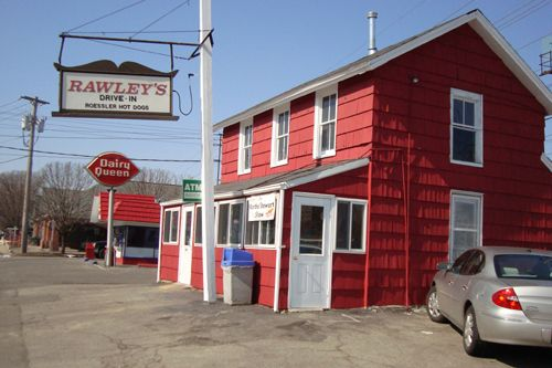 #ridecolorfully but never hungry. Rawley's Hot Dog Stand, Fairfield, CT.