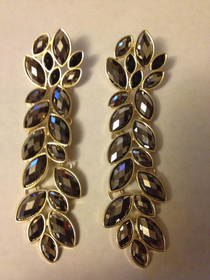 Long earrings with black rhinestones