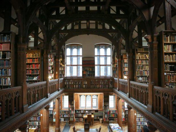 Hôtel bibliothèque- Au Pays de Galles, il est possible de dormir dans une bibliothèque
