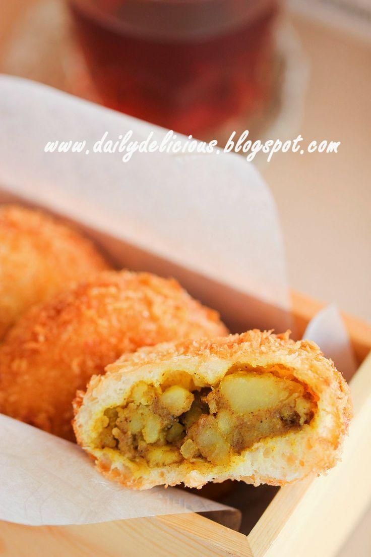 dailydelicious thai: Curry bread (カレーパン, karē pan)