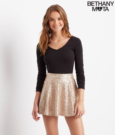 My Sparkle Sequin Skirt is just another reason to party hard on a Friday night! You're gonna dazzle on the dance floor 'cause of its shimmery sequins, and the metallic tone is easy to match with any chic top. I can't wait to see your selfies! You're fabulous, xoxo Beth