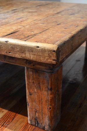 Detalle mesa ratona de madera r stica mobiliario e iluminaci n pinterest mesas - Mesa rustica madera ...
