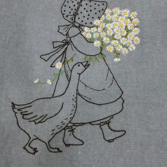소녀와 오리... 그리고 개망초꽃 #Illustration embroidery #일러스트자수 # 개망초야생화자수