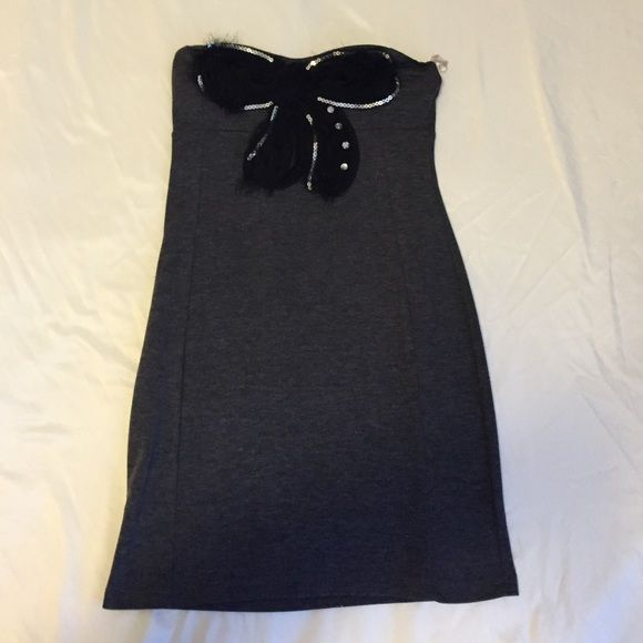 Grey with black bow dress Worn only twice, cute strapless long tight dress with cute bow. Dresses Strapless