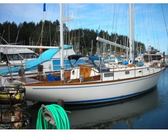 How to Live Aboard a Sailboat | I am, Kid and We have