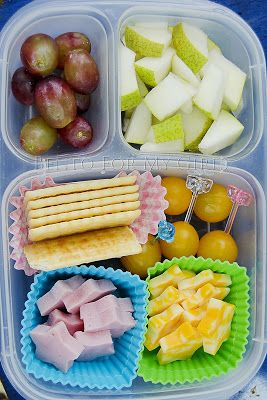 What The Girls Are Having: Day 392 - DIY Lunchables! Pinner says: D really loves lunchable days. I'm not really sure why but they make her happy. Today's is ham, colby/jack cheese, crackers, yellow grape tomatoes, some diced pear and grapes.