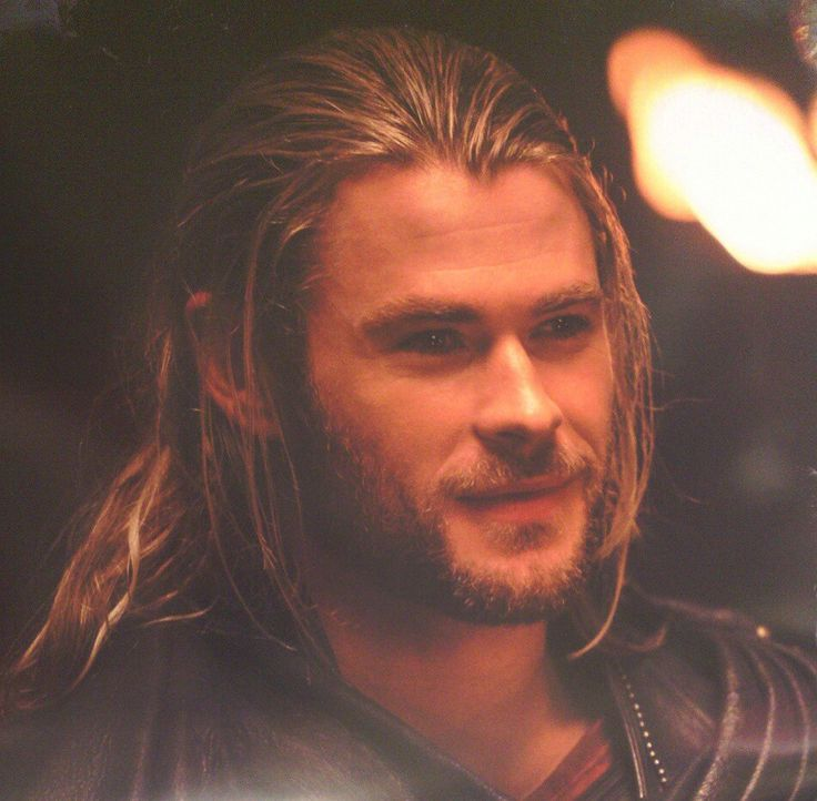 thor guys Chris hemsworth, actor: the avengers chris hemsworth was born in melbourne, australia, to leonie (van os), a teacher of english, and craig hemsworth, a social-services counselor.