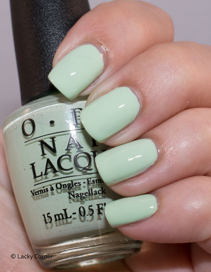 Lacky Corner: The Neverending Story Challenge - OPI That's Hula-rious!