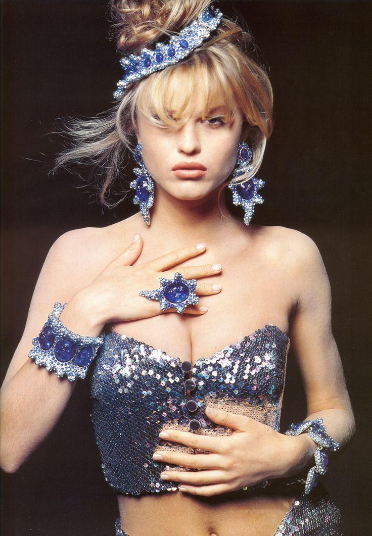 hfgl:    Eva Herzigova, 1991...still going strong