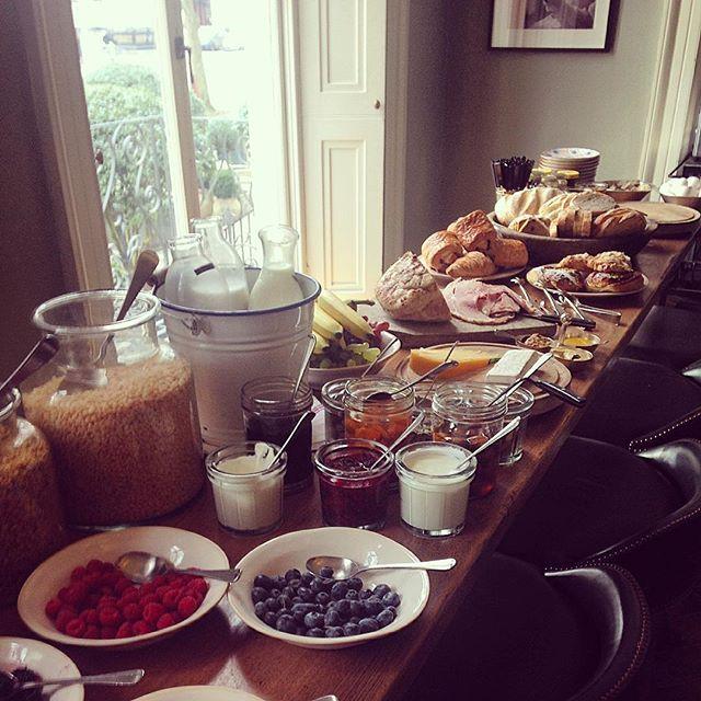 Breakfast is served  #no131 #cheltenham #hotel #luxury #breakfast #wheredoistart #theluckyonion #crazyeights