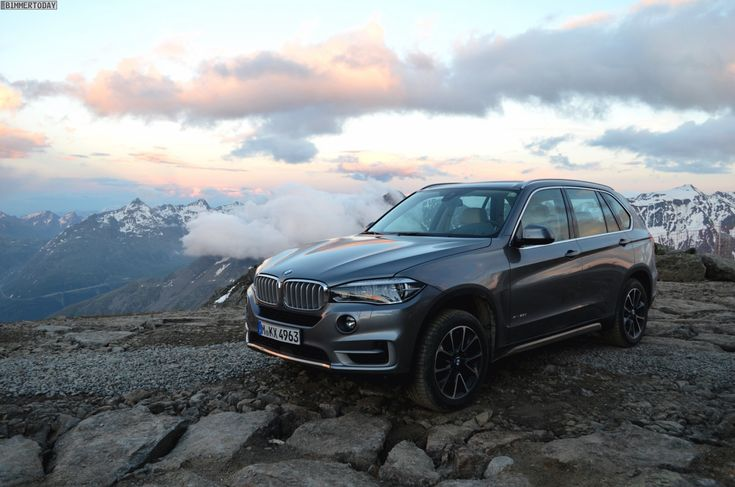 BMW X5 F15 in Space Grey with Design Pure Experience Package - http://www.bmwblog.com/2014/08/30/bmw-x5-f15-space-grey-design-pure-experience-package/