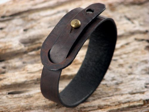 FREE+SHIPPING+Hand+made+dark+brown+leather+bracelet+by+eliziatelye,+$26.00