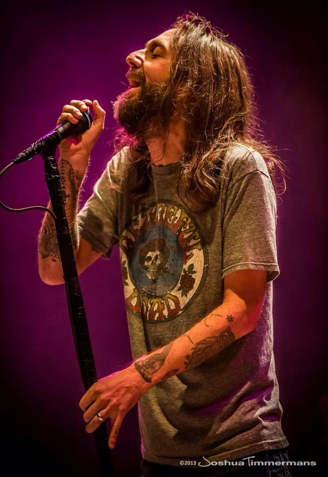 Chris Robinson.  Black Crowes