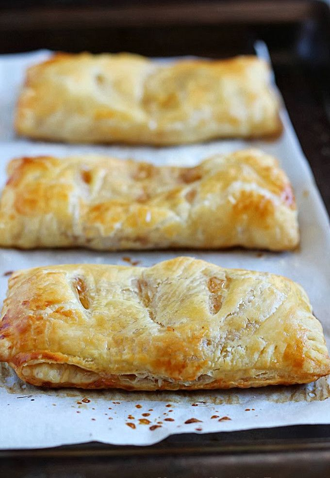 22 Favorite Ways to Use Puff Pastry: Delicious Apple Hand Pies